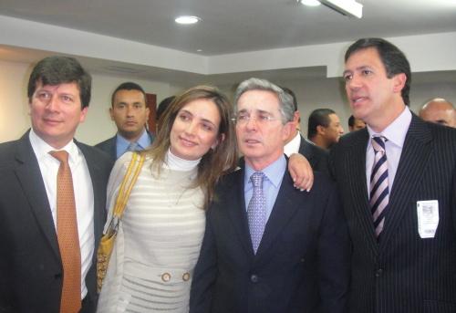 Uribe: de nuevo en el ojo del huracán por cuenta de los hermanos Sanclemente